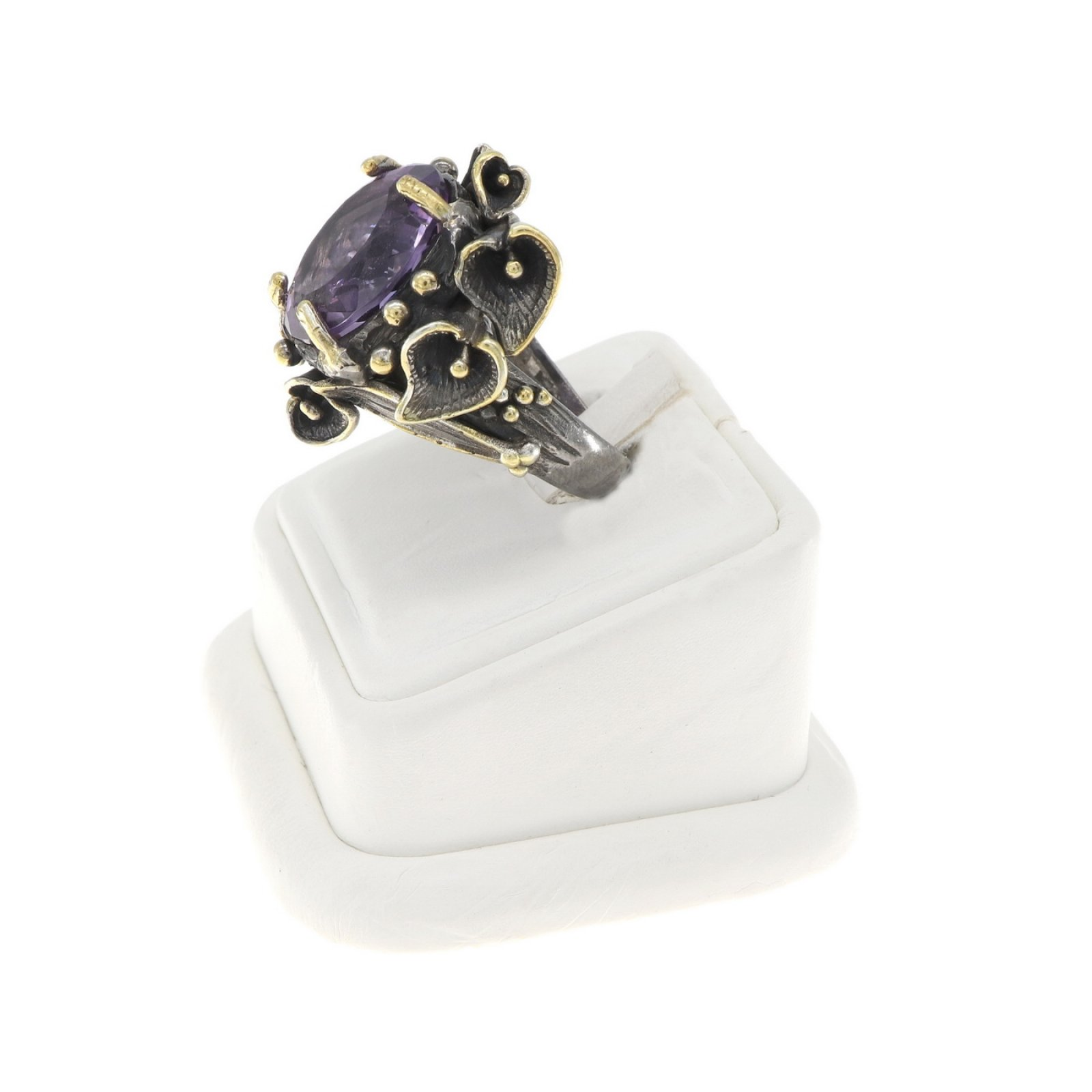 Grass and Plant Design Amethyst Ring