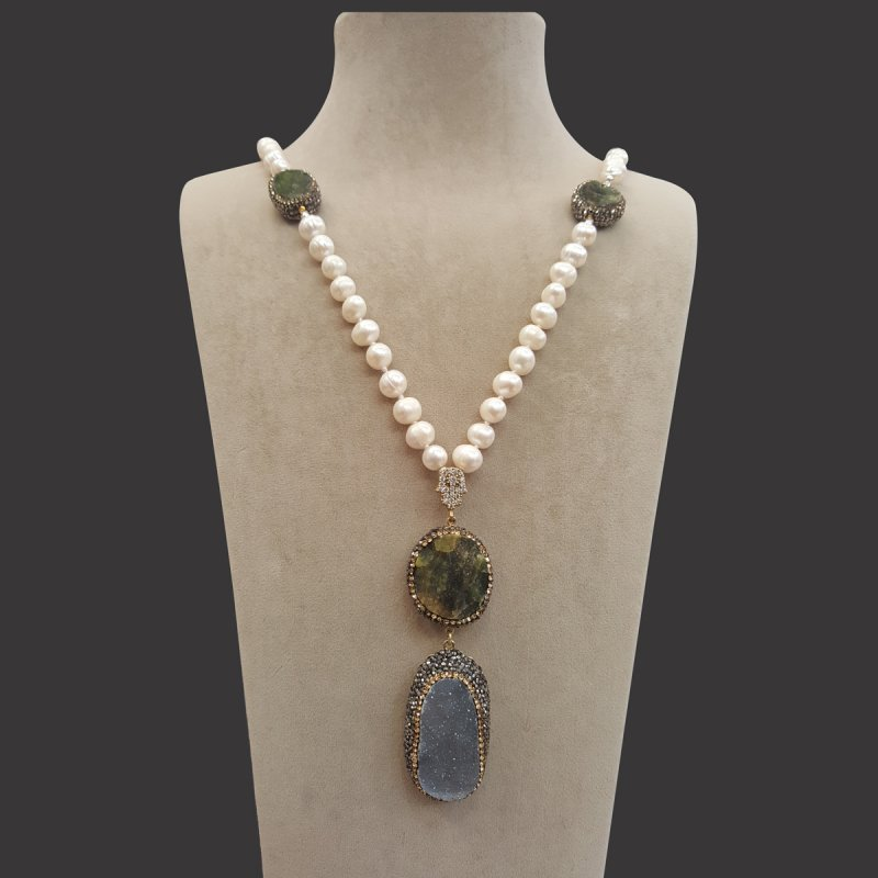 DRN13 - NECKLACE WITH FRESH WATER PEARL & DRUZY STONES & SWAROVSKI OBJECTS