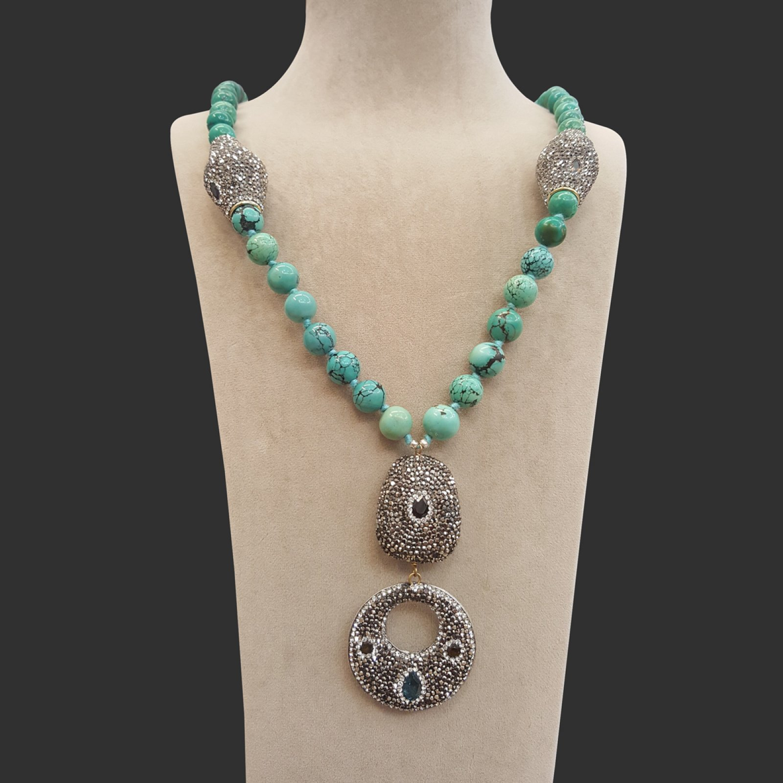 DRN16 - TURQUOISE STONE NECKLACE DECORATED WITH SWAROVSKI CRYSTALS