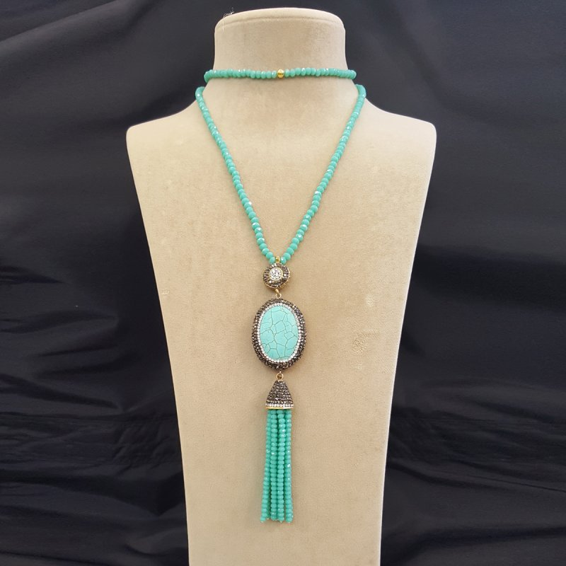 DRN25 - TURQUOISE & SWAROVSKI CRYSTALS NECKLACE