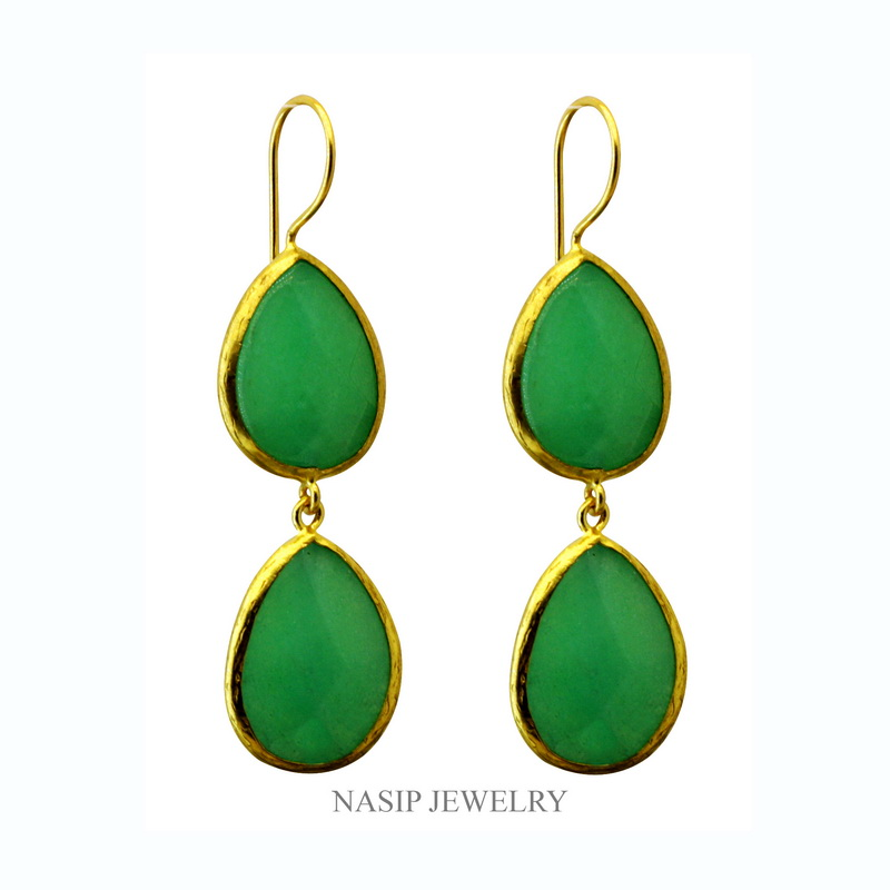 GSE187 - DOUBLE STONE GOLD PLATED HANDMADE GREEN JADE EARRING